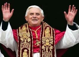 Папа римский намерен уйти в женский монастырь