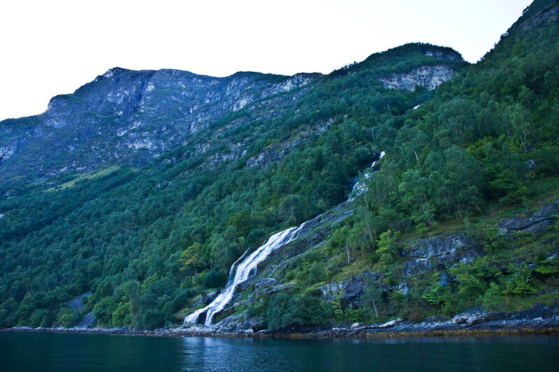 Фотографии водопада Жених в Норвегии