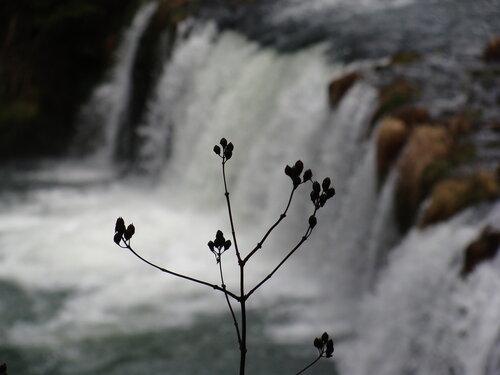 ... и водопад