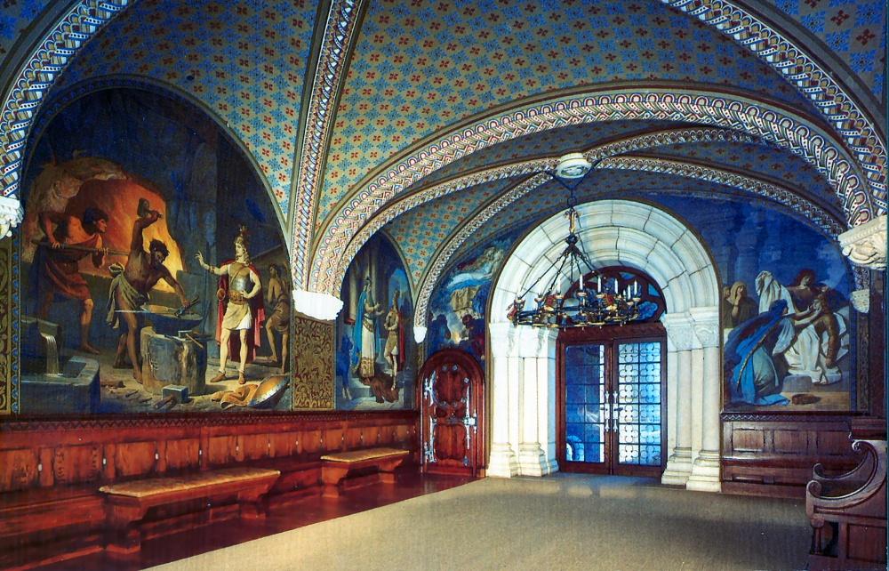 Работа эта, которой руководили архитекторы Ридель и Дольман, была основана на планах театрального ху