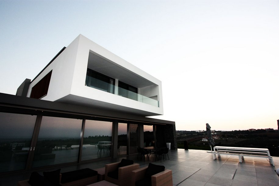 Частная резиденция с видом на Фессалоники, Греция