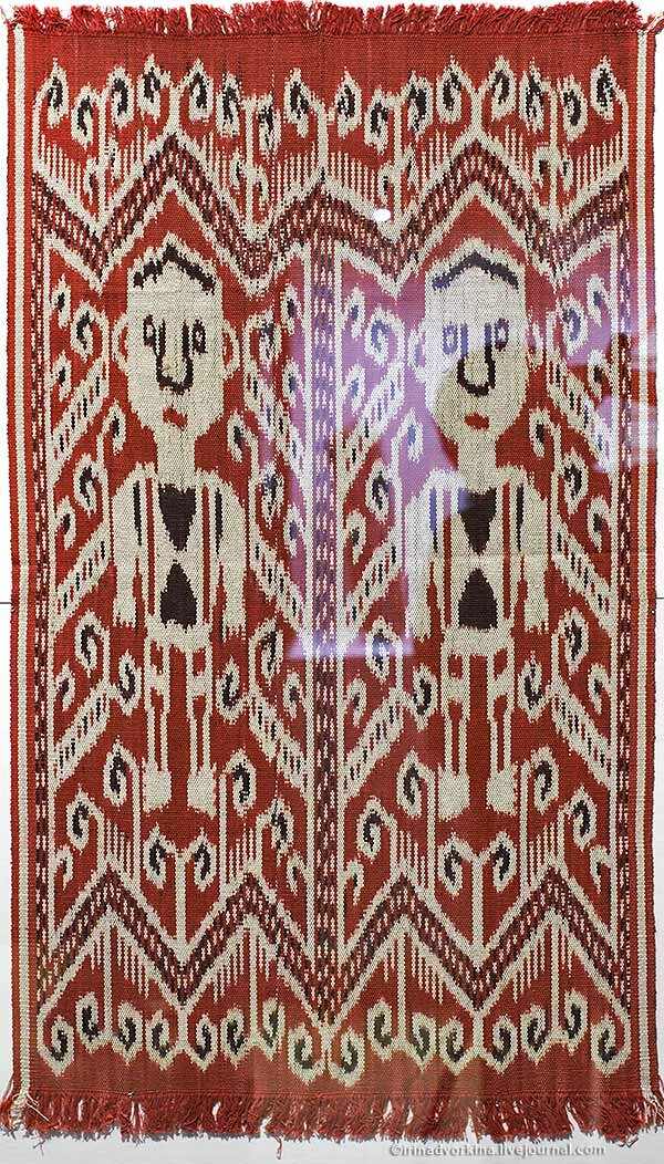 Ткань.даяки. Индонезия