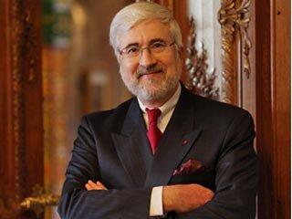 Во Владивосток прибыл посол Франции