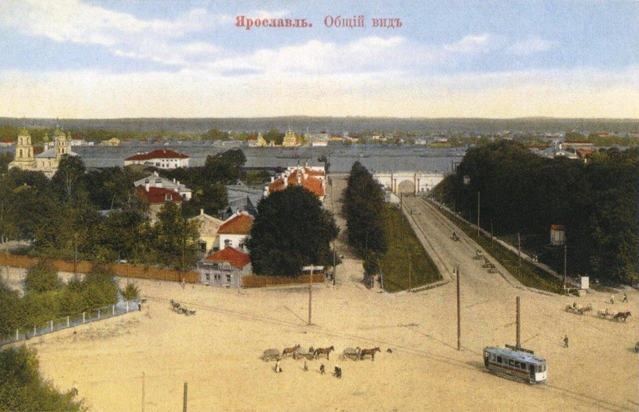 Общий вид на Ярославль с каланчи пожарного депо