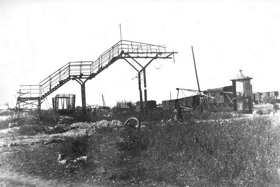 1946. Разрушенный Дарницкий вагоноремонтный завод