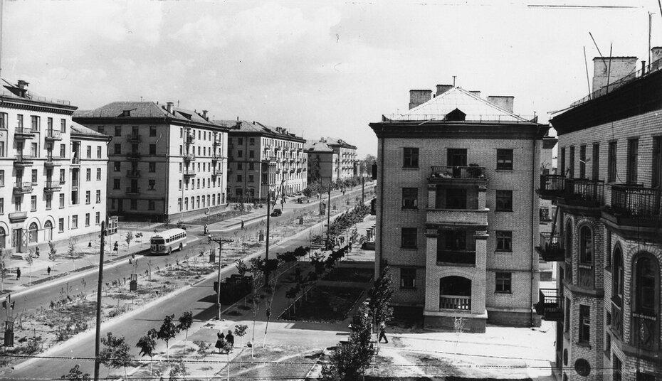 1957.05.19. Новые дома на улице Строителей в Дарнице