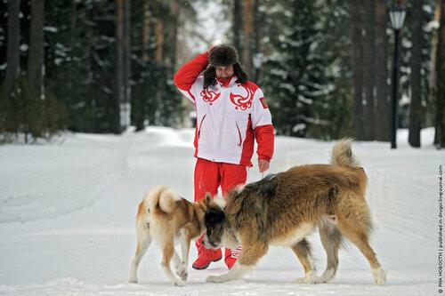 Опубликованы личные фото Путина с его собаками