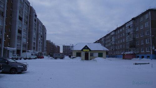 Фото города Инта №2926  Куратова 70, 74, 72 и 68 31.01.2013_14:23