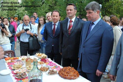 Как напиваются луганские чиновники фото оптимизация оптимизма