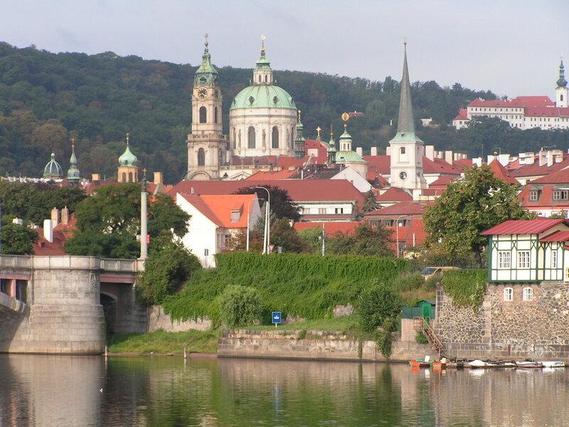 Церкви Святого Николая и Святого Фомы