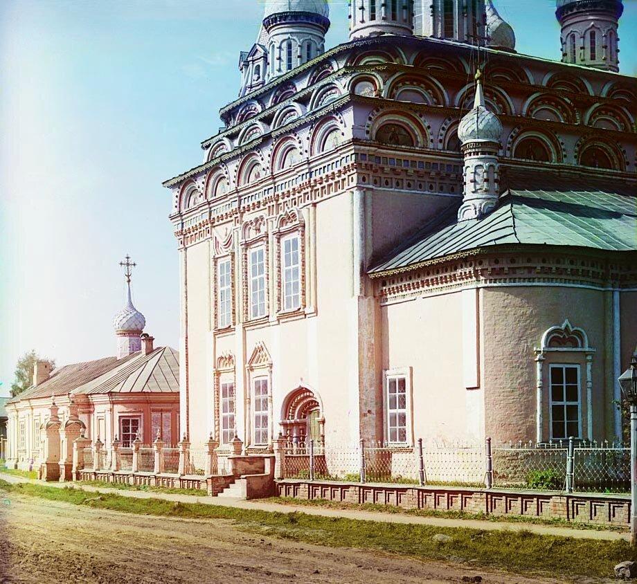 Деталь Троицкого собора. Кострома. 1910.