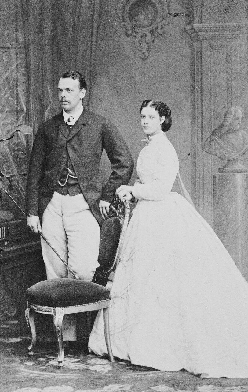 Цесаревич Александр Александрович и великая княгиня Мария Федоровна