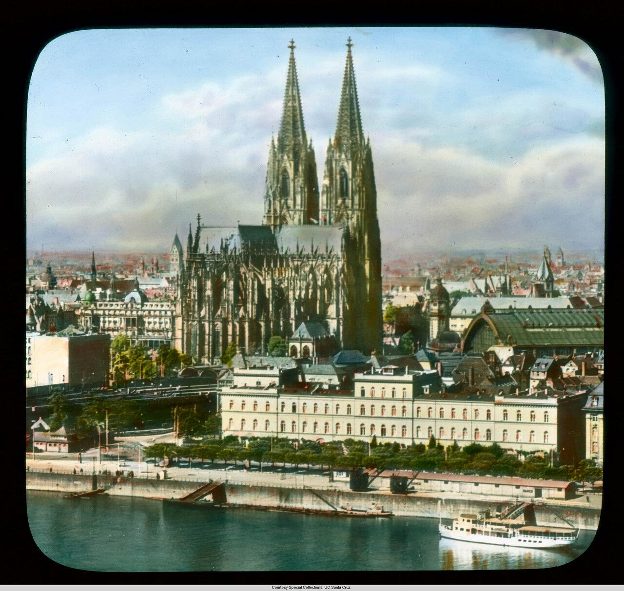 Кельнский собор. Вид с воздуха