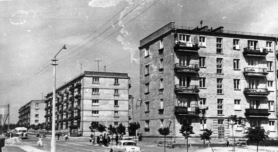 1961.06. Жилмассив Нивки, улица Ружинская (сейчас улица Вильгельма Пика)