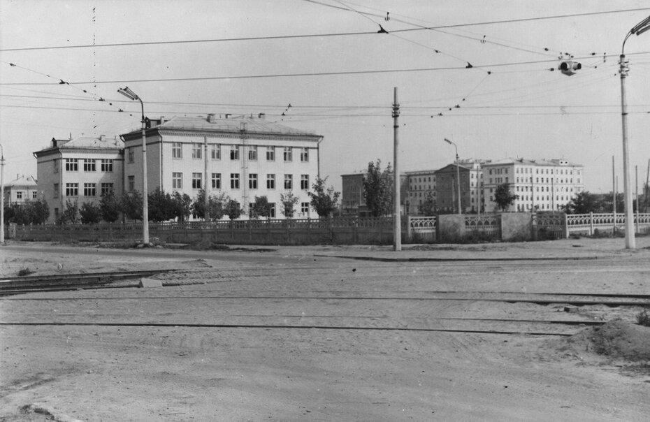 1963.10. Улица Новоборщаговская (сейчас проспект космонавта Комарова). Фото: Примаченко А.