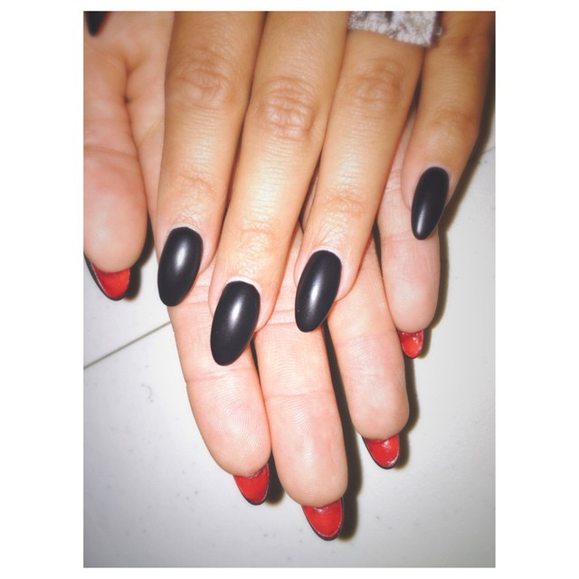тренд-в-маникюре-louboutin-nails5.jpg