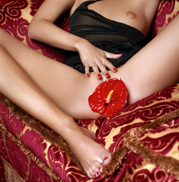 JANA PASSION RED FLOWER - фотограф Гвидо Арджентини / Guido Argentini