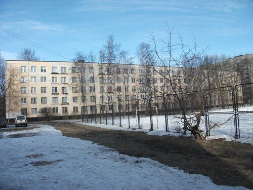 ул. Лени Голикова 13