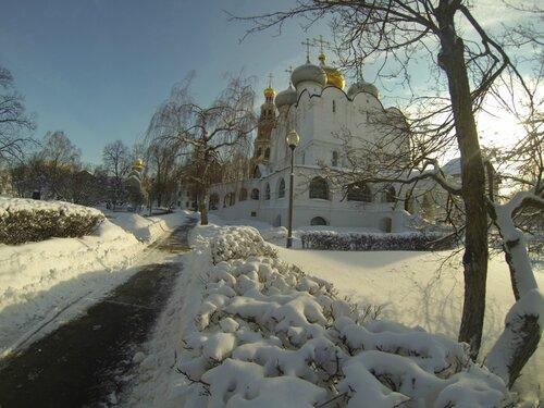Cтарейший храм Новодевичьего монастыря (1525 г.)