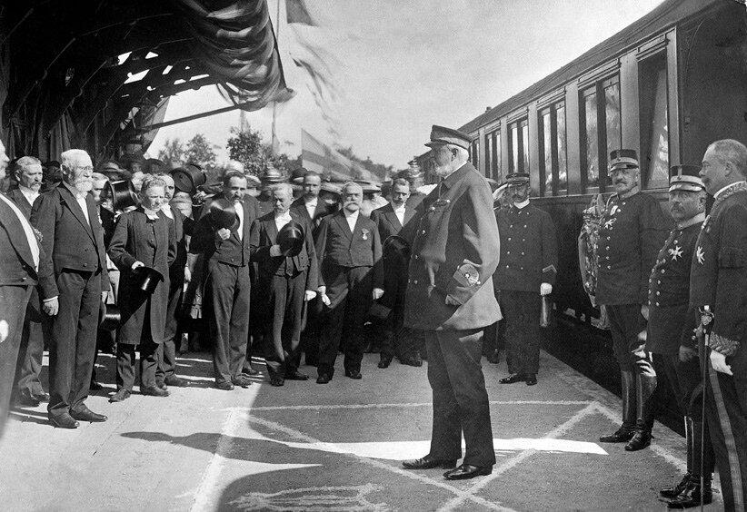 Железнодорожная станция в Сёльвесборге 7 сентября 1906. Посещение станции шведским королем Оскаром II