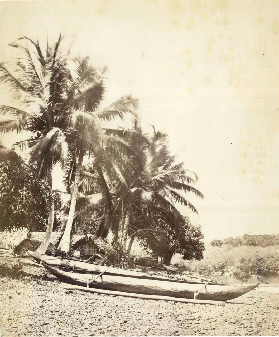 33. Деревня на острове Нуси-Бе