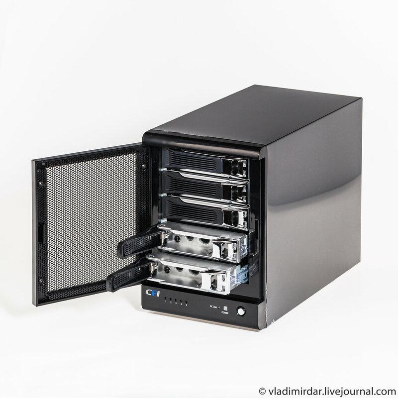 Внешний RAID накопитель CFI-B8253JDGG