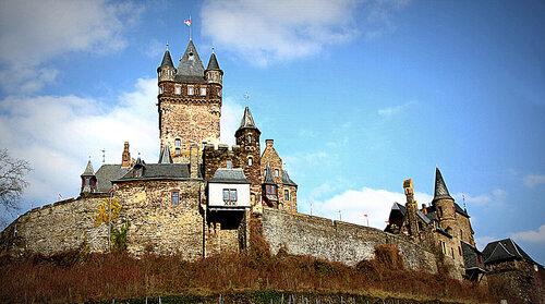 Замок Райхсбург (Reichsburg)