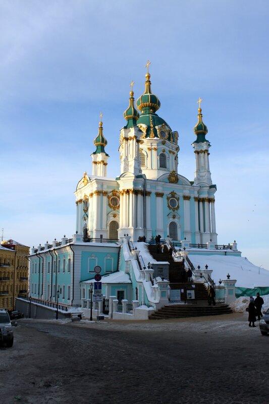 Андреевская церковь зимой