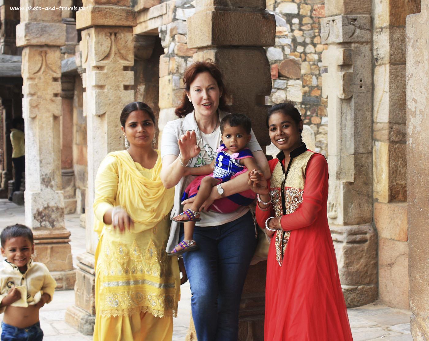 Фото 9. Путешествуя по Индии, будьте готовы почувствовать себя телезвездой. Внимание к белому человеку гарантировано!