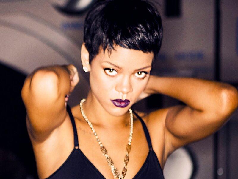 Rihanna Diamond Mp3 Download MP3GOO