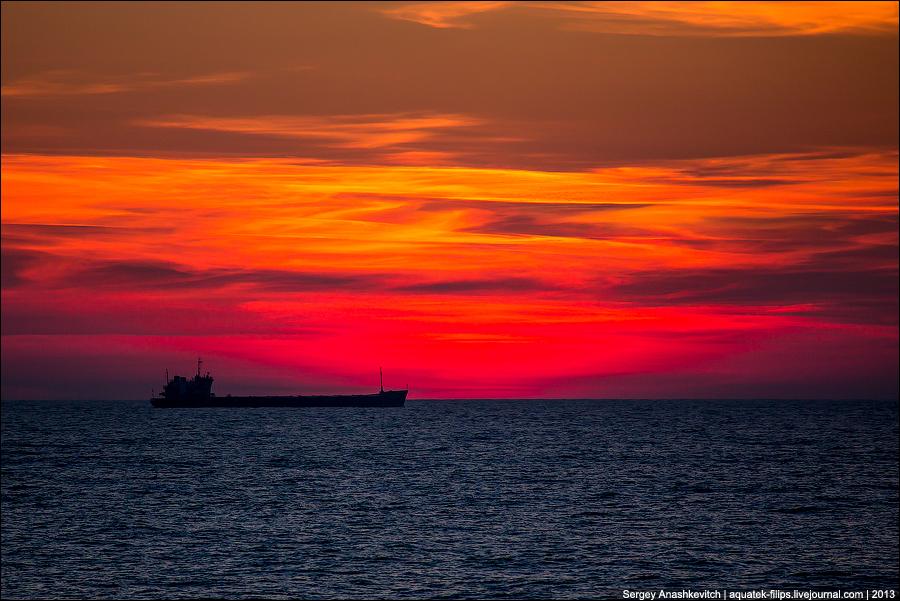 Закат одого корабля