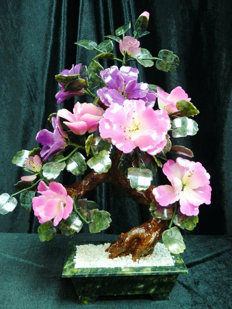 Нефрит цветы резьба