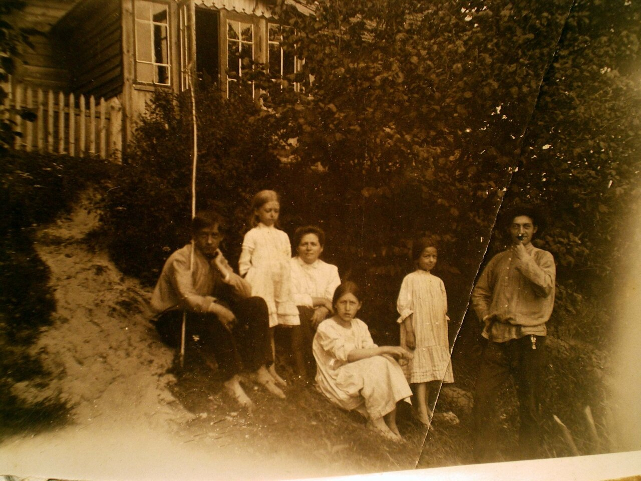 1910. На даче в Лигово