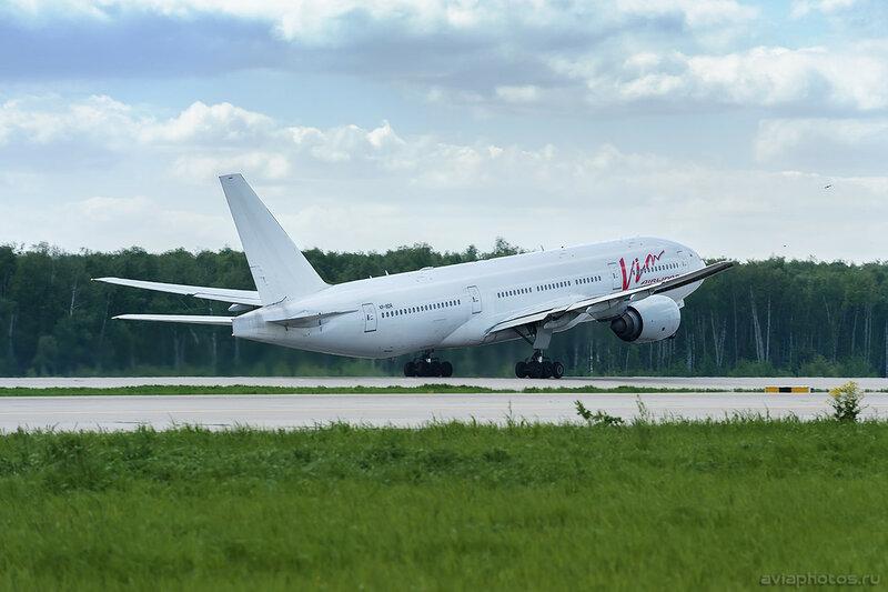 Boeing 777-212/ER (VP-BDR) Vim Airlines 063_D701803
