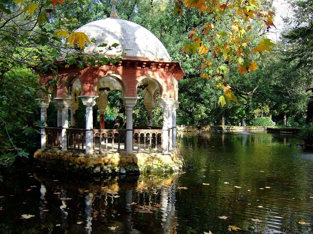 1024px-Parque_de_María_Luisa_-_Sevilla_3.jpg