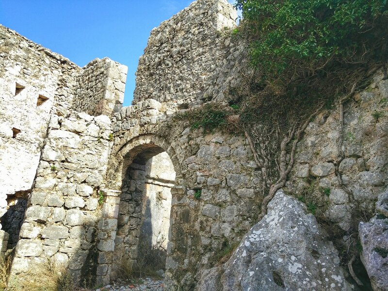 крепость Нехай над Сутоморе