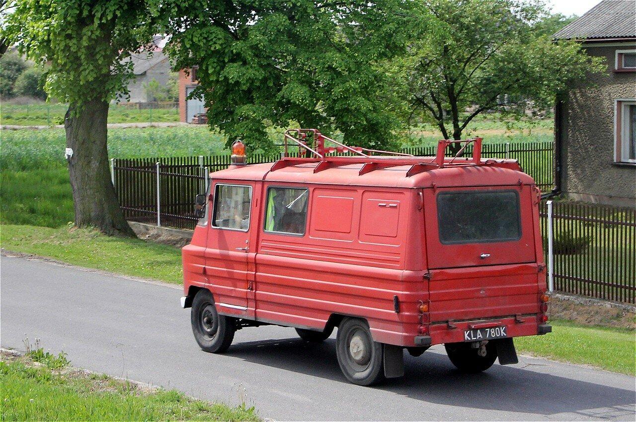 Центральная Польша. Пожарный автомобиль Żuk