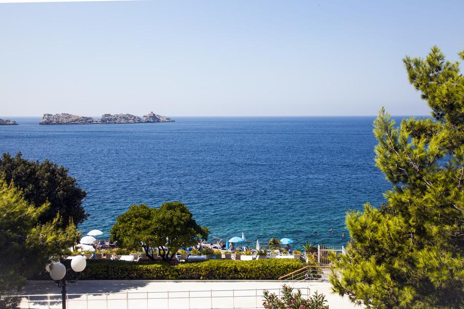 На Каспийском море найдется отдых на любой вкус. Тут есть отличные пляжи, возможность порыбачить и п