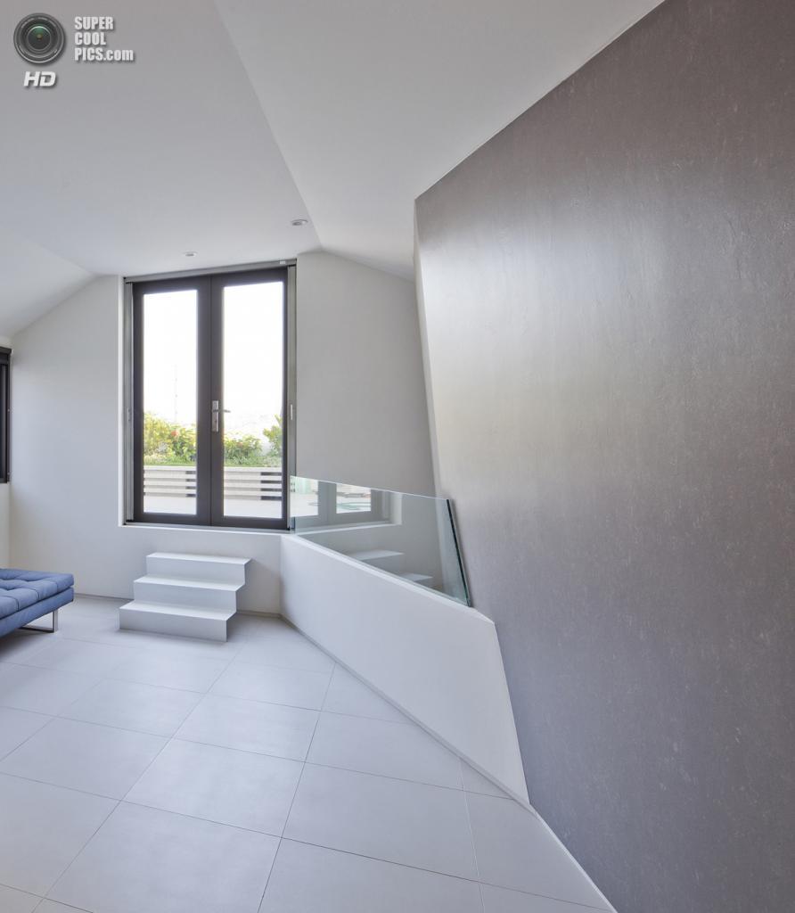 Дом со створчатым фасадом