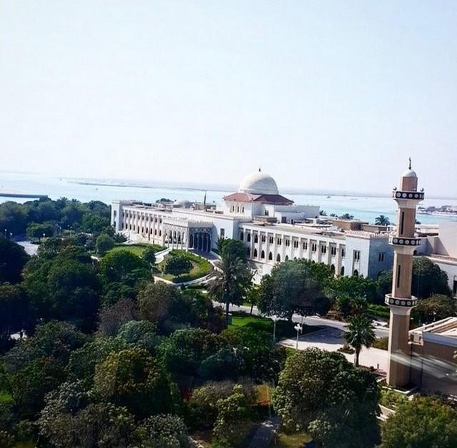 7. Посольский район. Прибывший в прошлом году в Абу-Дабу на конференцию американский архитектор даже