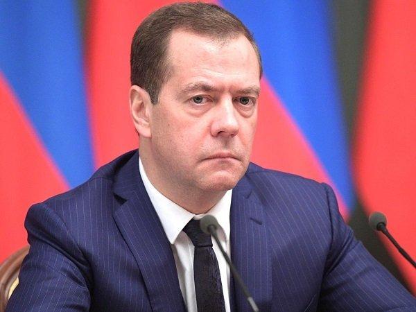 Д. Медведев: рейтинг доверия граждан России к государственной думе вырос