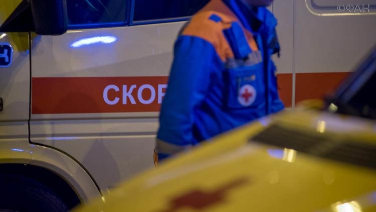 Под Петербургом фура выбила маршрутку наостановку, двое погибших