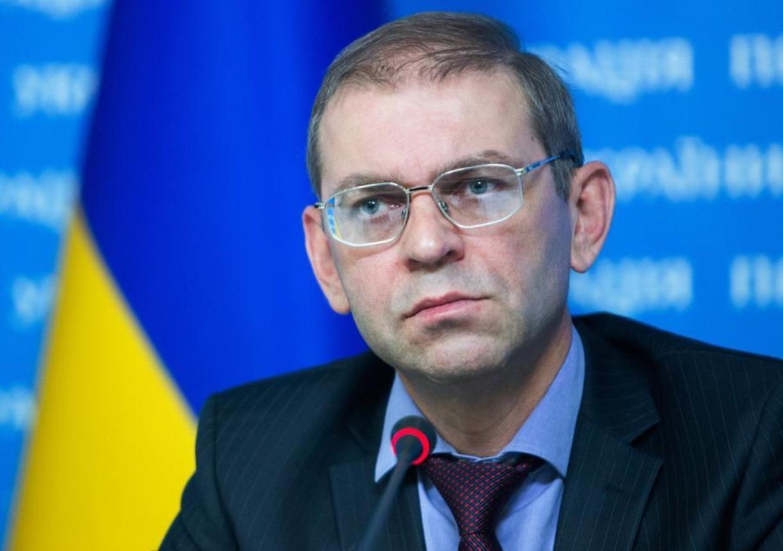 Рогозин высмеял объявление властей Украинского государства о преобладании ракетного оружия