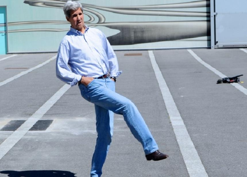 Госсекретарь США Джон Керри рассчитывает наположительный разговор В.Путина иТрампа