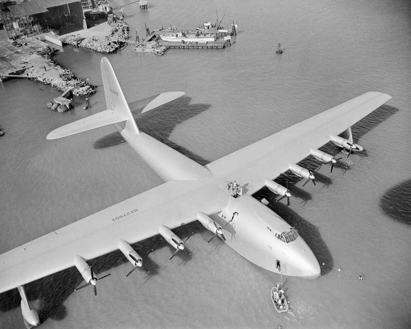Самый большой самолет в истории из дерева