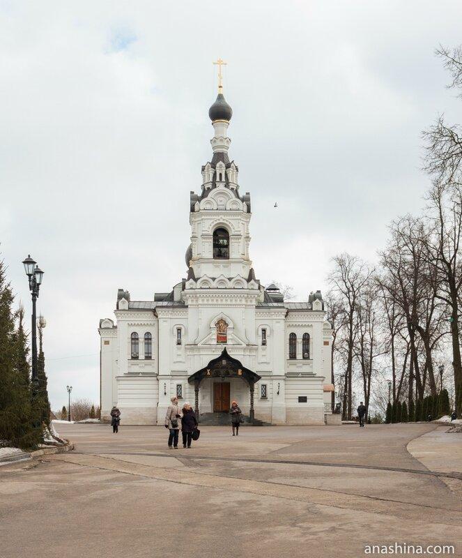 Успенская церковь, Троице-Лыково