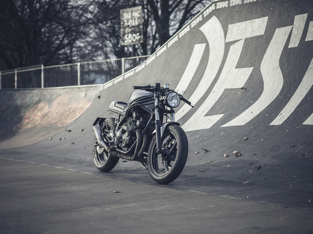 JM Customs: Кафе рейсер Yamaha XJ600 Diversion 1992