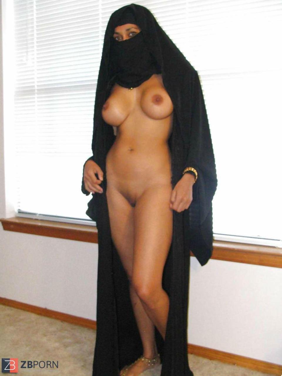 Секс с арабками в хиджабе