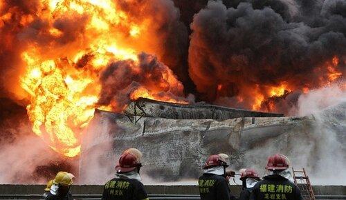 Взрыв на химзаводе в Китае унес жизни 21 человека