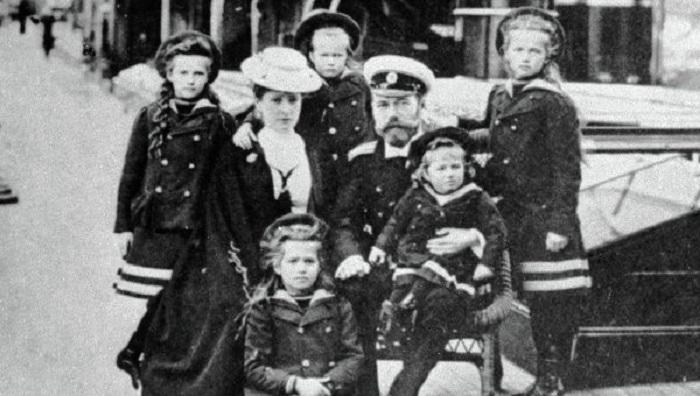 Эти факты перевернут твое представление о смерти Николая II и его семьи. (6 фото)